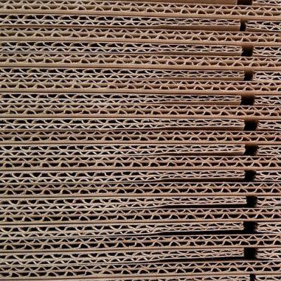cardboard-467819_1920b