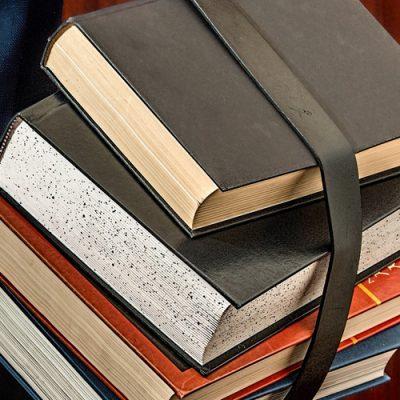 books-1012088_1920b