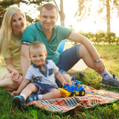 family-1802228b