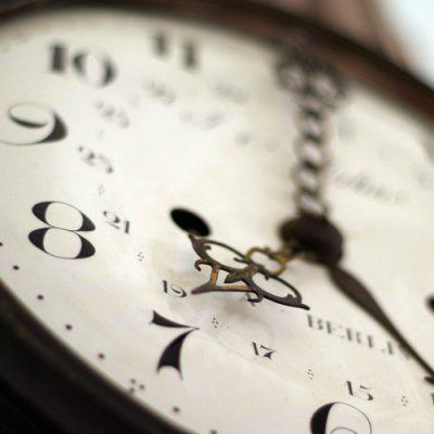 clock-1528798_1920b